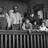 1082-to-kill-a-mockingbird-mary-badham-scout-boy-courtroom-three_c_leo_fuchs_photography_www.leofuchs.com_1